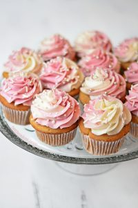 champagnecupcakesFEATURED