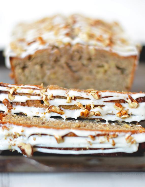 Hummingbird Banana Bread - hummingbird cake + banana bread crossover! bethcakes.com