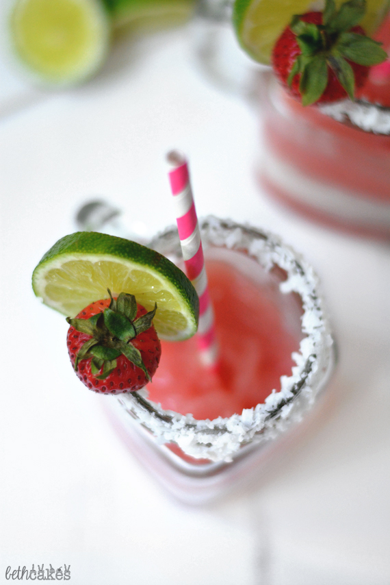 Strawberry Coconut Margaritas - bethcakes.com