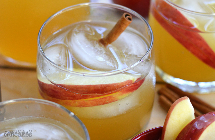 Spiced Coconut Rum & Apple Cider Cocktail + a Giveaway!