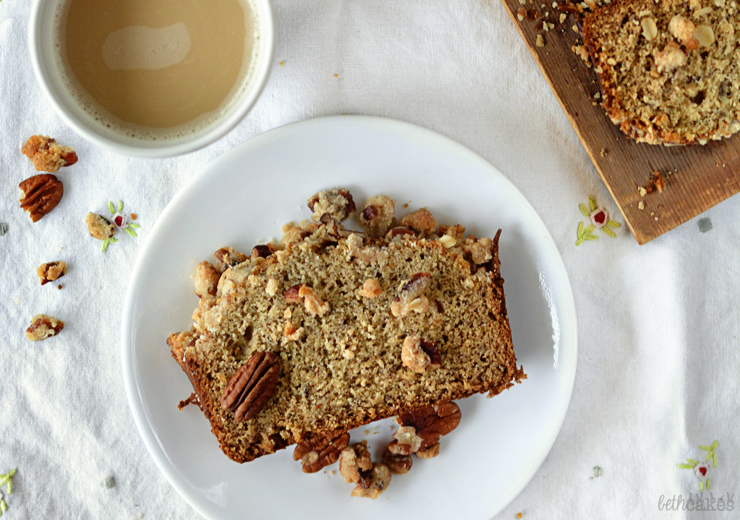 Browned Butter Maple Cinnamon Banana Bread with Pecan Steusel