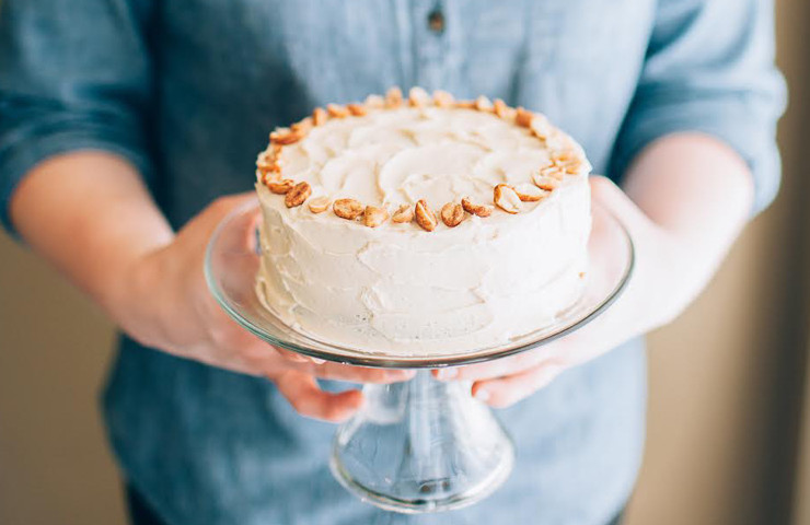 Peanut Butter Banana Cake – Collab with Laylon Blog