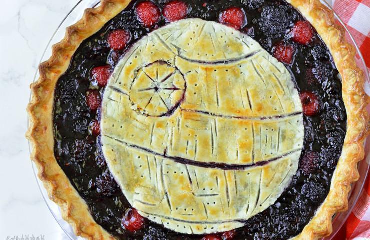 Death Star Pie (Blackberry, Cherry, Vanilla Bean Pie)