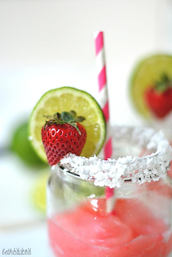 Strawberry Coconut Margaritas - bethcakes.com