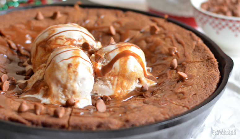 Gingerbread Skillet Cookie