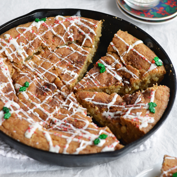 Snickerdoodle Skillet Cookie