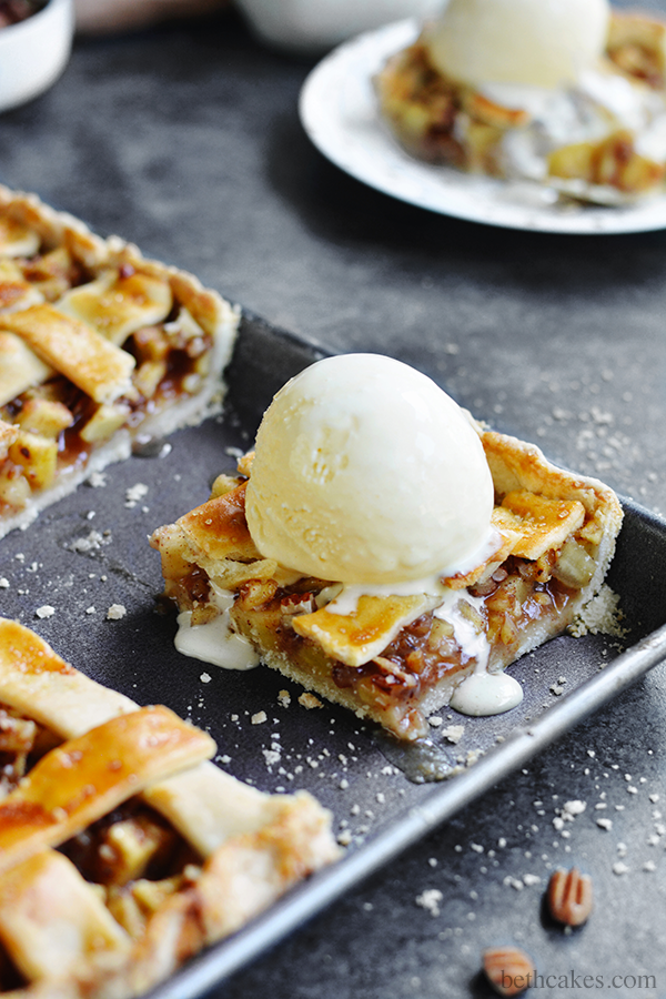 Apple Pecan Slab Pie