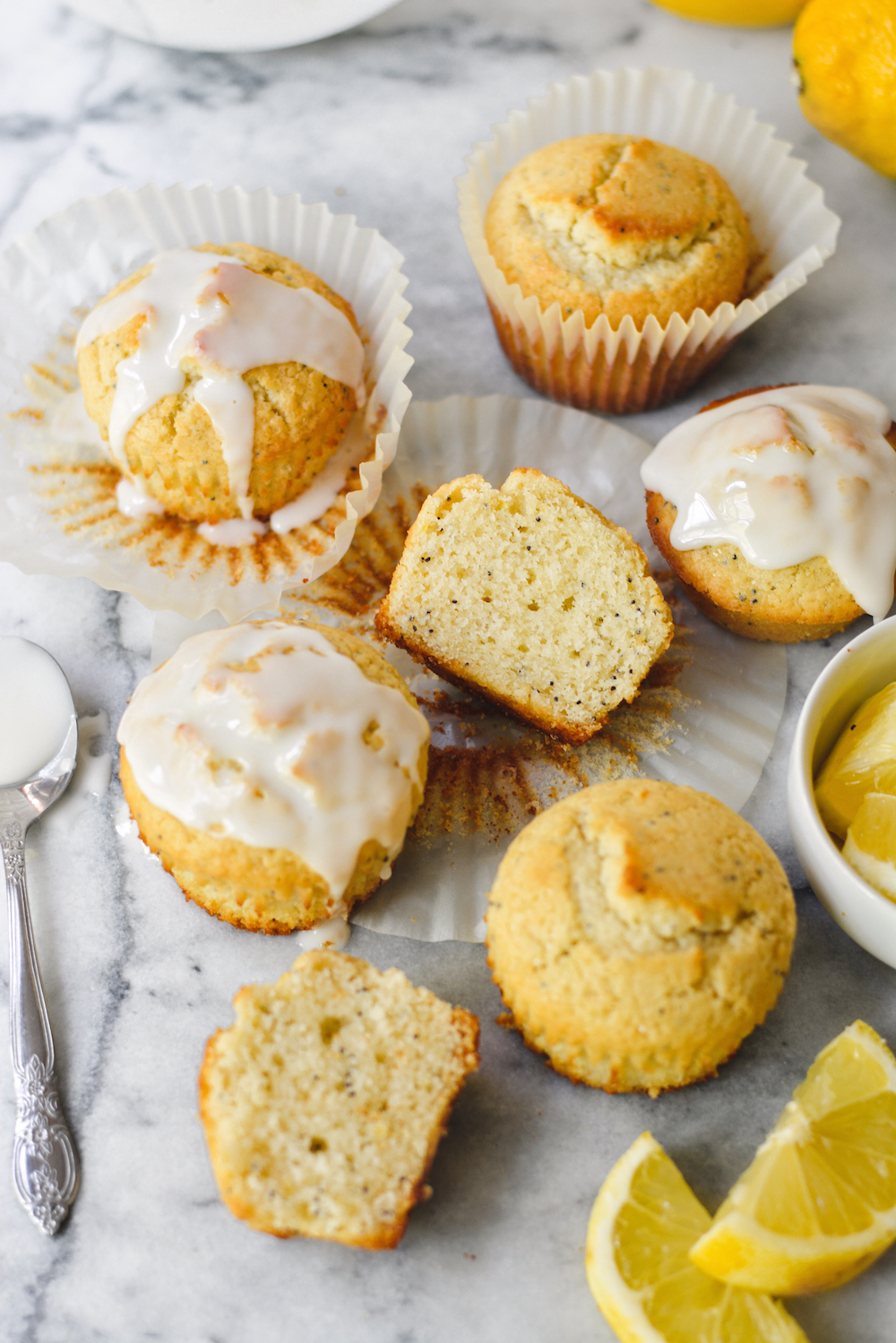 small batch lemon poppy seed muffins - bethcakes.com