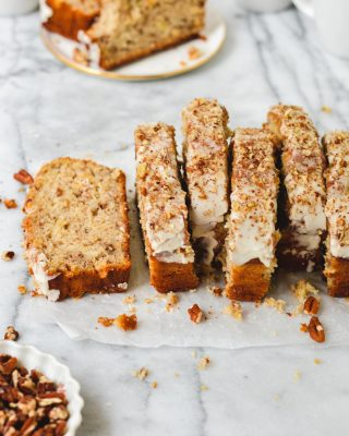 i originally posted this hummingbird banana bread on the blog in 2014! like seven whole years ago!? i decided it was due for an update, tweaked the recipe, and shot new photos. it has all the classic hummingbird cake flavors and it's super moist thanks to all the mashed banana and some Greek yogurt. plus cream cheese glaze with a pinch of cinnamon! so good 😌🤤 recipe link in bio!