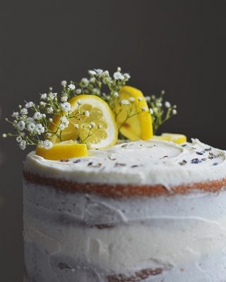 lemon cake details ✨ this lemon layer cake would be a great option for mother's day in a couple of weeks! recipe is on the blog 💛 . . . . . #f52grams #buzzfeedfood #huffpostetaste #marthafood #thekitchn #slbakes #cookcl #feedfeed #amblifeissweet #BHGfood #bhgbaking #bhgcelebrate #madewithkitchenaid #bareaders #f52community #foodandwine #thebakefeed #mywilliamssonoma #saveurmag #wsbakeclub #ABMfoodie #mysouthernliving #imsomartha #foodblogfeed #eattheworld #lifeandthyme #makemore #cherrybombe #bethcakes
