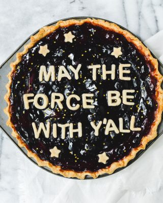 wishing u all positive force vibes for star wars day tomorrow! testing this blueberry pie recipe and decided to give it a little southern spin for May the 4th 😆 still needs a few little tweaks and then i'll share it on the blog! 💫