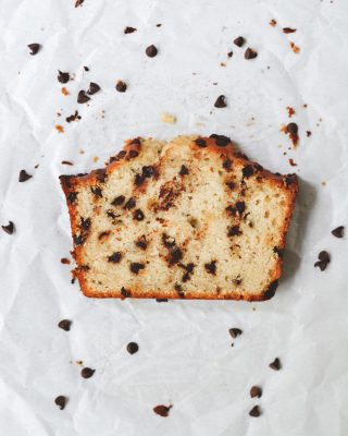 what's your favorite thing to add to banana bread? it's always my mission to stuff it full of as many chocolate chips as possible! grab the recipe for my all time favorite & classic banana bread at the link in my bio! 💛        https://bethcakes.com/my-favorite-banana-bread-recipe/