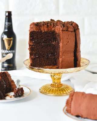 this rich and decadent chocolate stout cake with silky chocolate stout ganache and fudgy frosting is new on the blog for you today! made this bb in 6-inch cake pans, but there are instructions for two 8-inch pans as well! link in bio! 🍻🍀